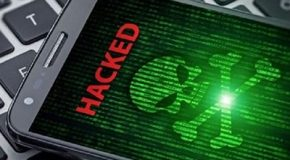 Arnaque au colis – Ce SMS cache un redoutable virus qui copie votre application bancaire